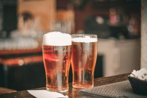 alcohol ale bar romantisk dag med kæresten