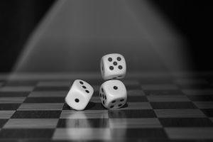 roll the dice romantisk dag med kæresten