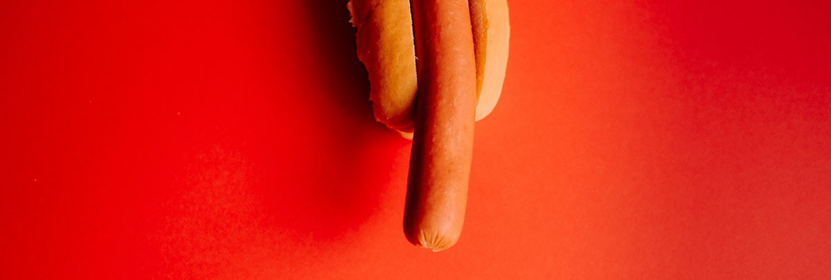 hotdog looking as dick
