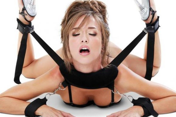 Bondage guide: knuder, knob, pirrings og bryst bondage | KOMPLET GUIDE